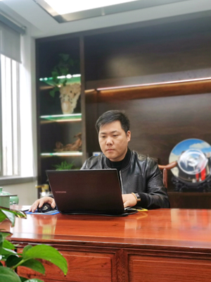 玉祥在线电话客户QQ:(1703742229)